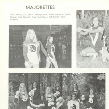 1971-72 Majorettes