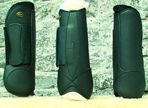 Dy'on Velcro Boot