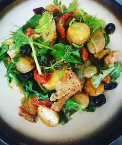 Vegan panzanella salad! With gluten free