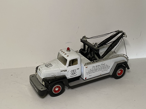 1/34 first gear hwy66 tow truck