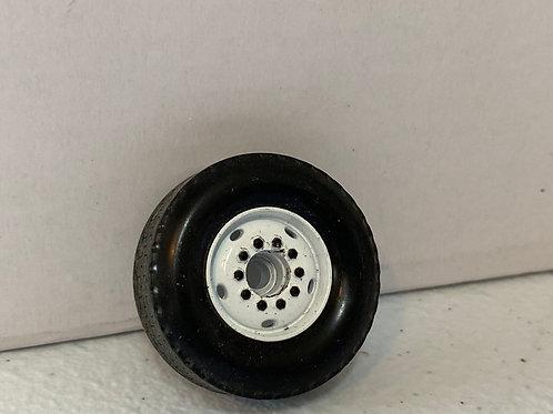 1/34 Mack Front wheel (no cap)