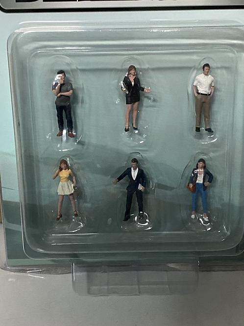 1/64 American Diorama Dealership