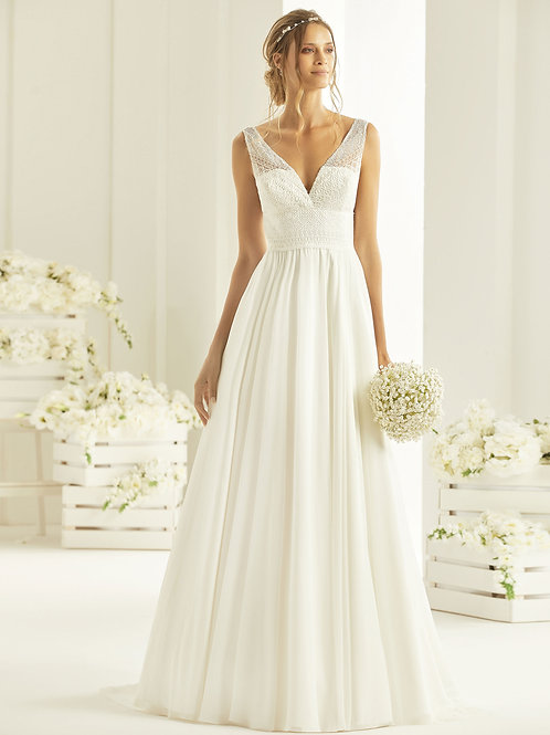 Wedding Dress - Rebeca