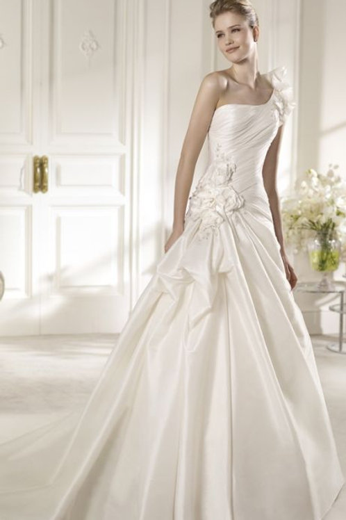Wedding Dress - Almendro