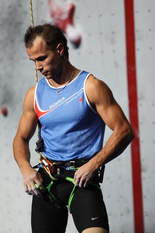 Именитые спортсмены в студии: Сергей Синицын