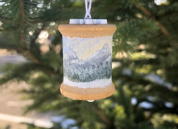 Tree and mountain spool mini ornament (A)