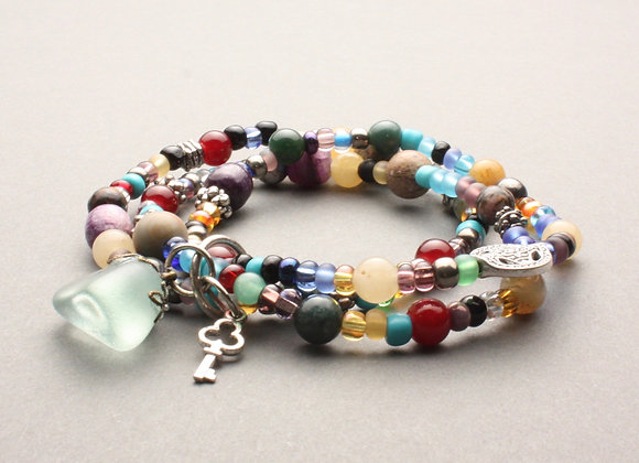 Triple strand stretch bracelet