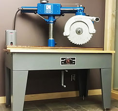 Mark Hellinger's Dad's restored table saw