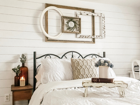 Peel & Stick Shiplap Wall Paper - Real Talk