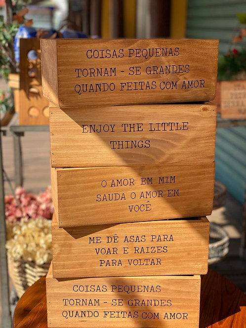Caixa de Madeira com Frases