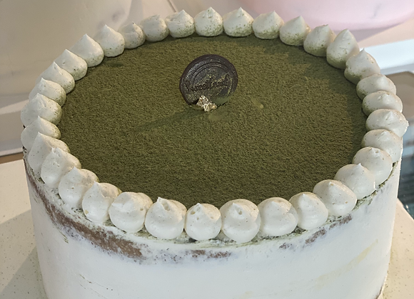 GREEN TEA STRAWBERRY CAKE