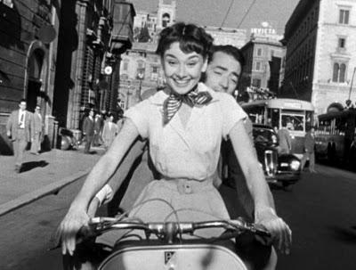 1953:  Жүжигчин Audrey Hepburn Roman