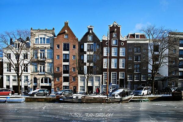 Amsterdam frozen canal