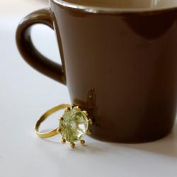 "Geelgouden ring ""Margriet"""