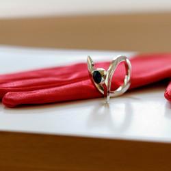 Gesmede zilveren ring