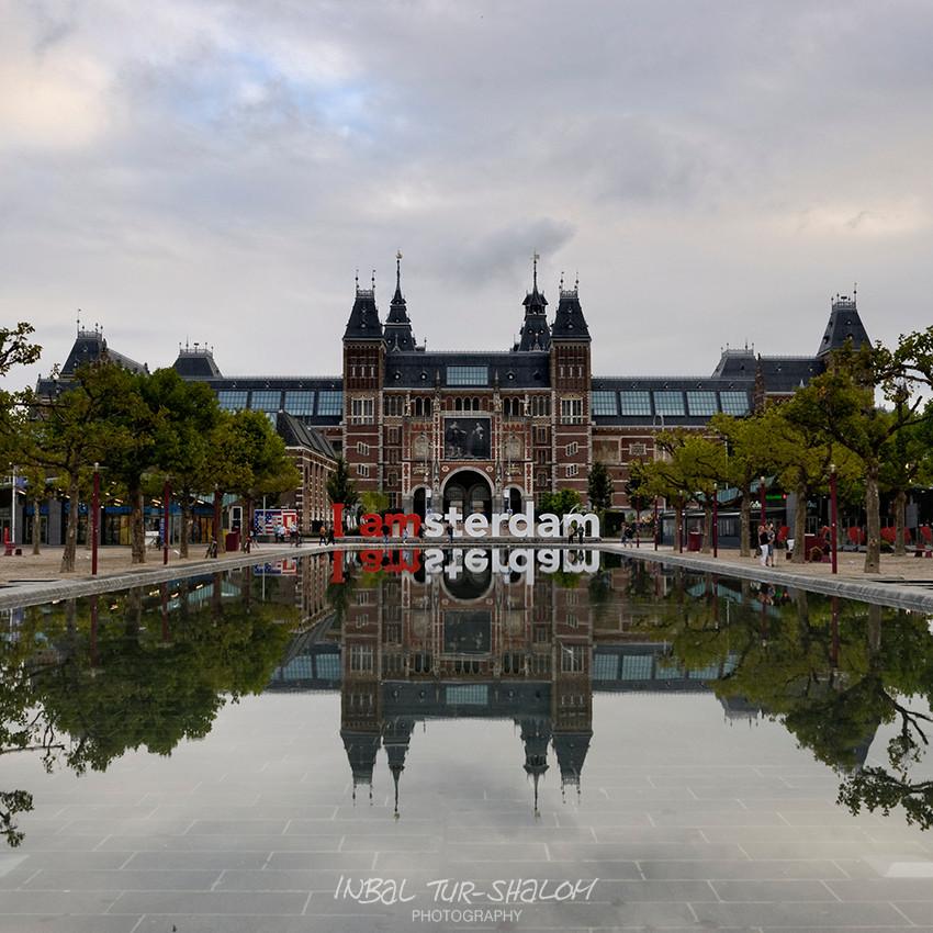 Rijksmuseum, Iamsterdam sign