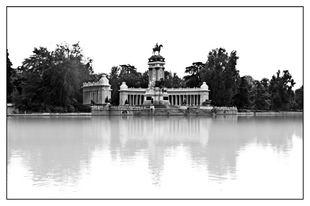 Alfonso XII de España monument photo, black and white