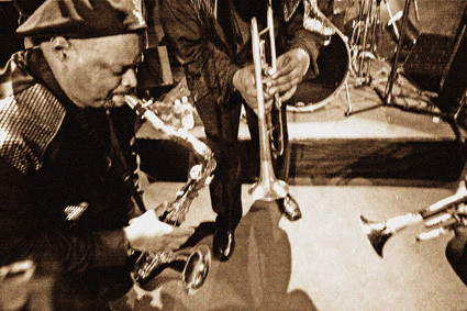 Brass trio Montpellier Sepia.jpg