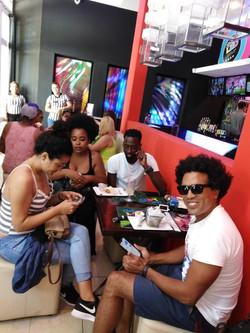 Ekelequa Club Led