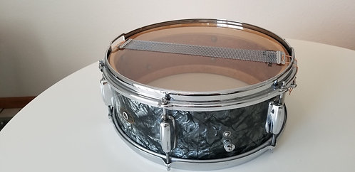 "Slingerland Hollywood Ace 1962 5.5""x14"" Snare Black Diamond Pearl Finish"