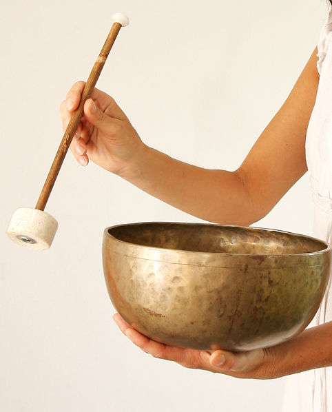 Ausbildung in Klangmassage zur Anwendung in der Familie, als Selbständiger Humanenergetiker oder als Zusatzangebot für Therapeuten.