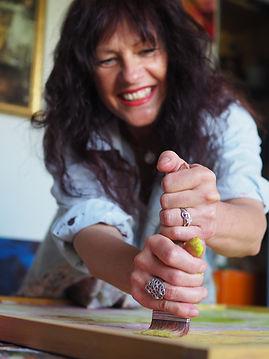 Meditatives Malen, Intuitives Malen, Kunst, Art by Andrea Linzer, Andrea Linzer, Zentrum für innere Harmonie, Oberwart, Kreativität fördern, Ausdruck finden, bunt, Farben