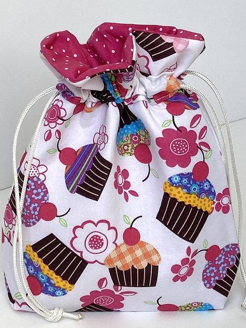 Cupcakes Print Drawstring Gift Bag - In 3 Sizes
