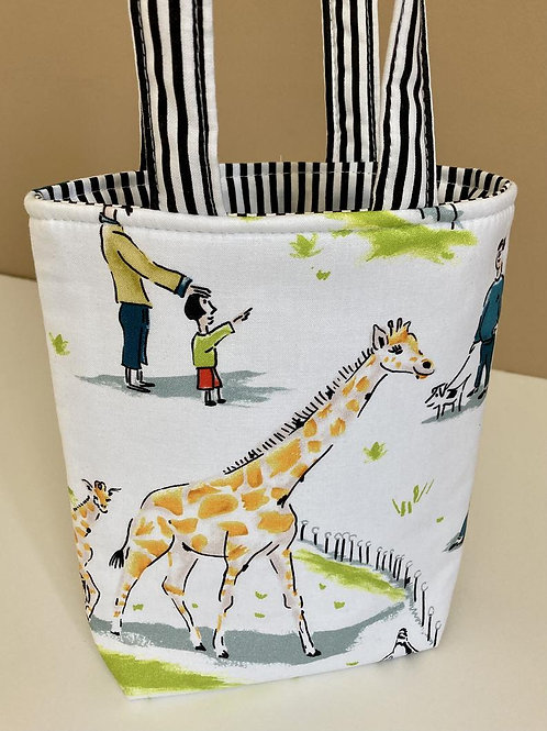Kids Tote Bag for Toddler Preschooler in Giraffe Zoo Print