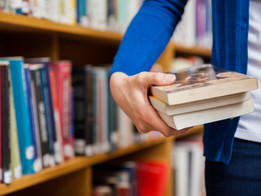 5 Books Every Investor Should Read