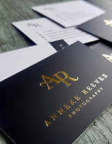 black-and-gold-business-cards-400x516.jp