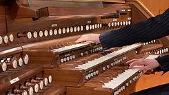 A l'orgue.jpg