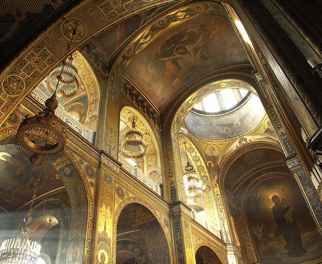 Interior_of_St_Volodymyr's_Cathedral_in_