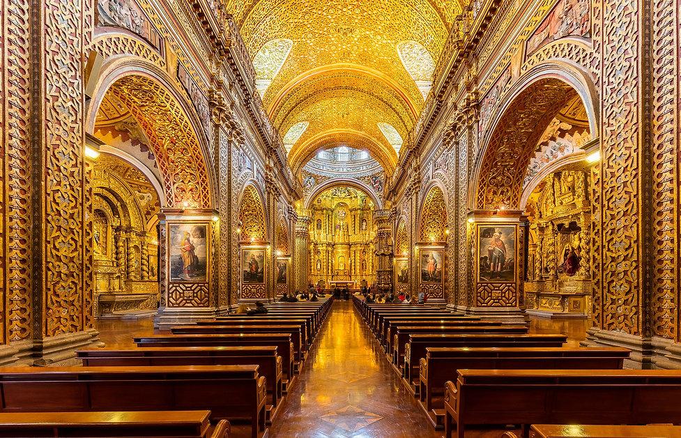 2560px-Iglesia_de_La_Compañía,_Quito,_