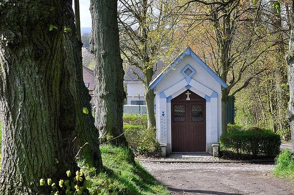 1599px-Dilbeek,_St._Alena_kapel.jpg