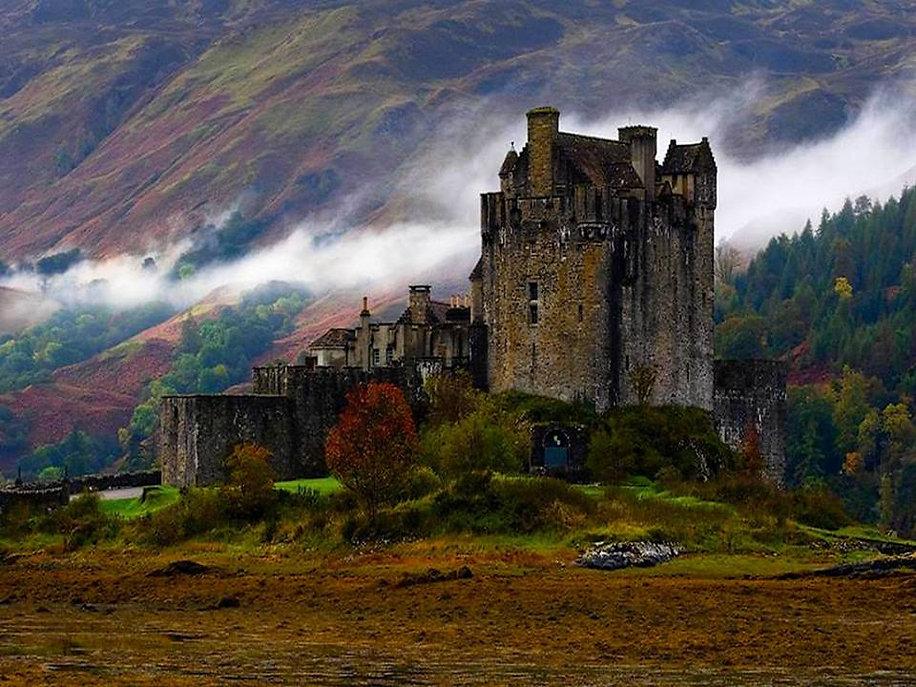 Saint_Donan_castle.jpg