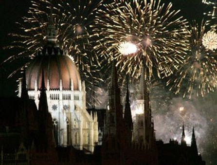 fireworks_budapest_august20th.jpg
