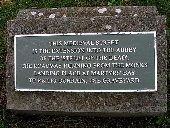 iona-medievalstreetsign.jpg