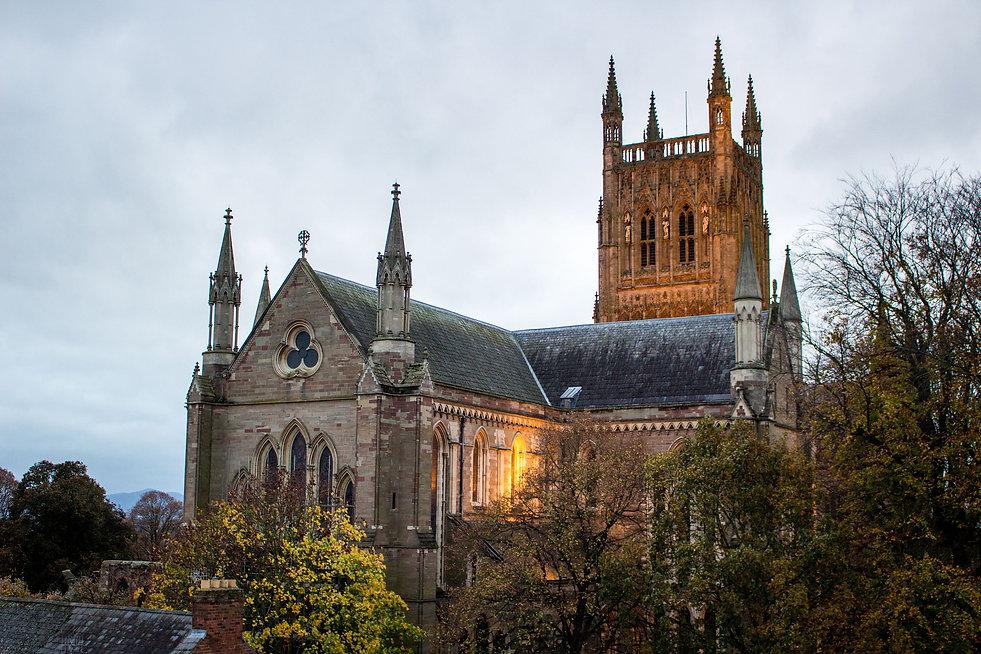 Worcester_Cathedral,_Worcester.jpg