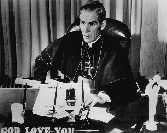 Bishop_Fulton_J._Sheen_1956.jpeg