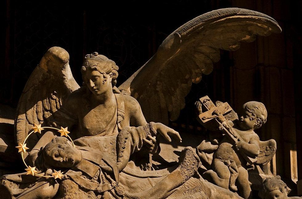 statue-chateau-de-prague.jpg
