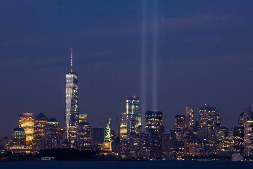 September_11th_Tribute_in_Light_from_Bay