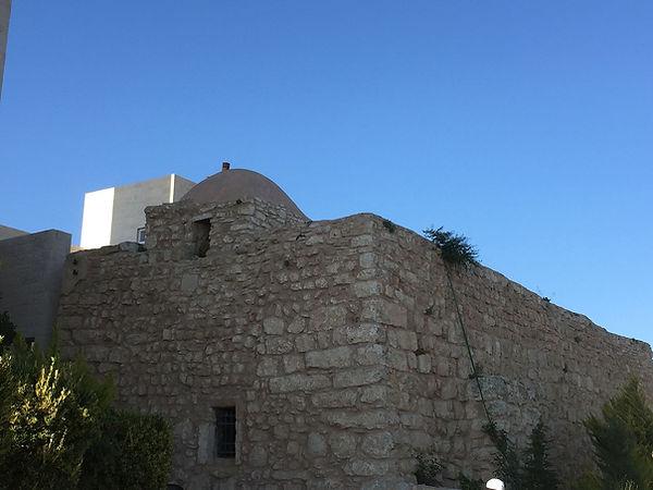 1920px-Joshua's_Tomb_in_Jordan_01.jpeg