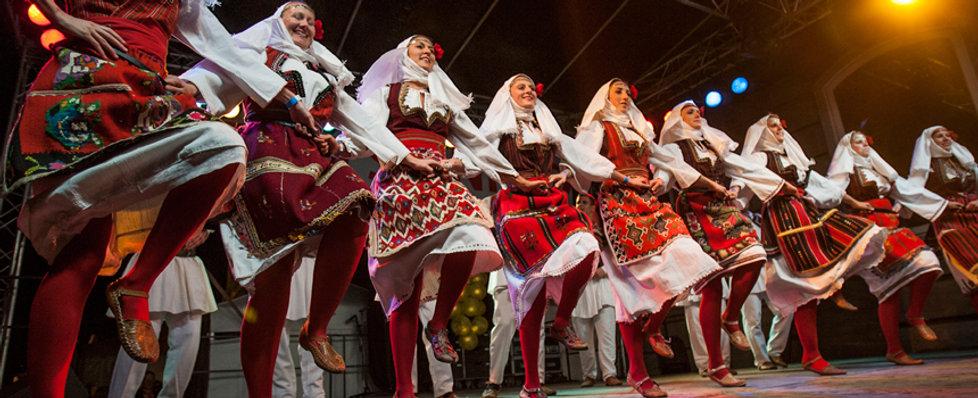 Buda-Castle-Wine-Festival-Folk-Shows (1)