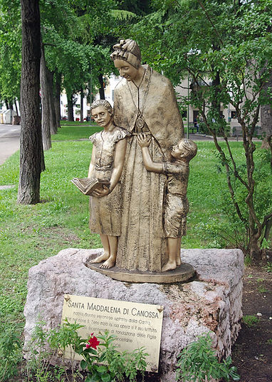 Magdalene_of_Canossa_Verona.jpg
