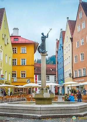 füssen-town-fountain-DSC5972.jpeg