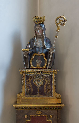 Saint_Walburga_reliquary_Peterskirche_Mu
