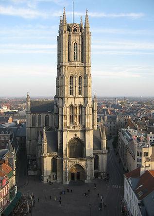 Sint-Baafskathedraal_(St._Bavo's_Cathedral)_Ghent_Belgium_October.jpg