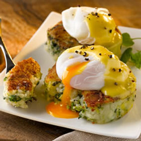 Colcannon-Cakes-with-Poached-Eggs-and-Ho