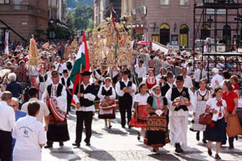 harvest_procession_budapest_20th_august.
