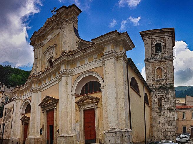 2560px-Il_Duomo_di_San_Donato_Val_di_Comino.jpeg